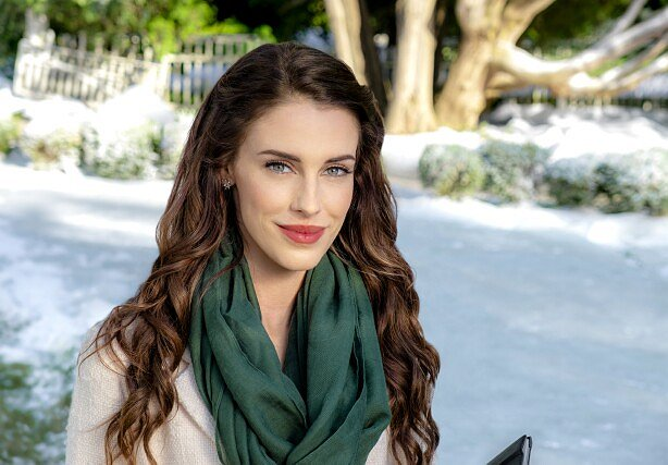 "Jessica Lowndes Kicks Off Hallmark's Holiday Season in ""Christmas at Pemberley Manor"""
