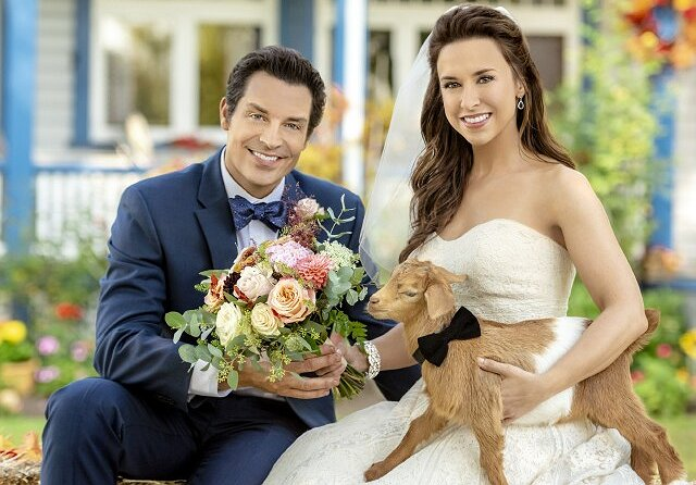 Brennan Elliott and Lacey Chabert are the Tracy and Hepburn of Hallmark