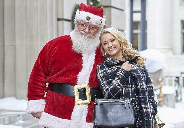 "Emily Osment Comes to Hallmark as Star and EP of ""Christmas Wonderland"""