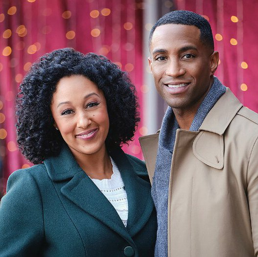 "Preview image for article: Tamera Mowry-Housley Returns to Acting in Hallmark's ""A Christmas Miracle"""