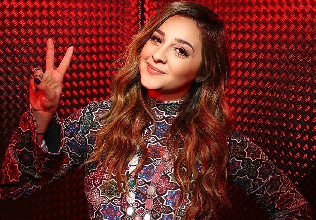 "On ""The Voice,"" Alisan Porter's Emotional Journey Continues"