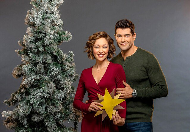 "Autumn Reeser on How Hallmark Movies Can Help Us Stay ""Loving and Positive"" In a Crisis"