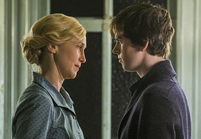 """Bates Motel"" Psychodrama: The Top 25 Shows of 2016, No. 20"