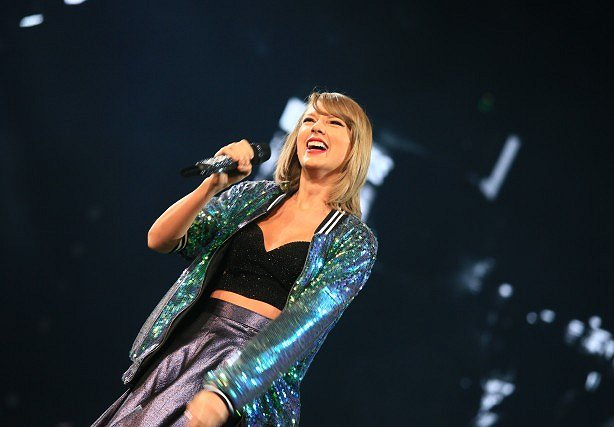 What Taylor Swift Taught This Non-Millennial About Engagement