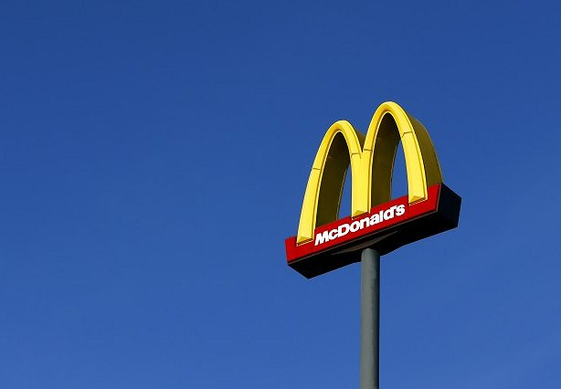 "SMI: Fast Food is One Big ""Happy Meal"" for Cable Networks"