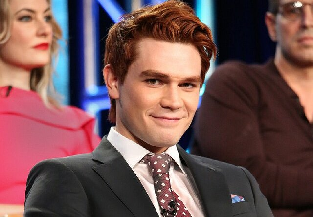 "Everything's Archie for ""Riverdale"" Star KJ Apa"