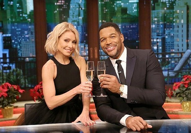 Kelly Ripa's Cavalcade of Co-Hosts: The Top 25 Shows of 2016, No. 23