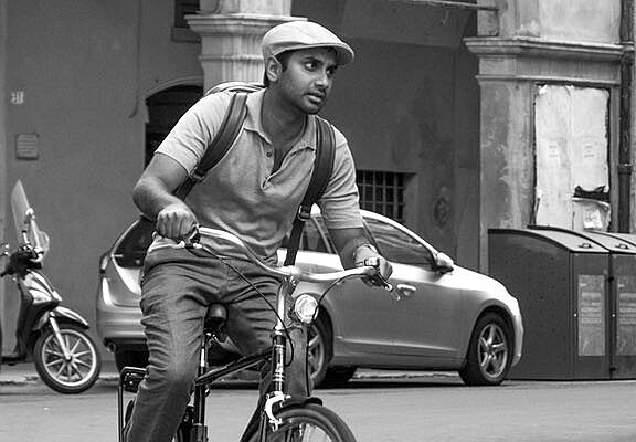 "Aziz Ansari Navigates Life and Love in ""Master of None"""
