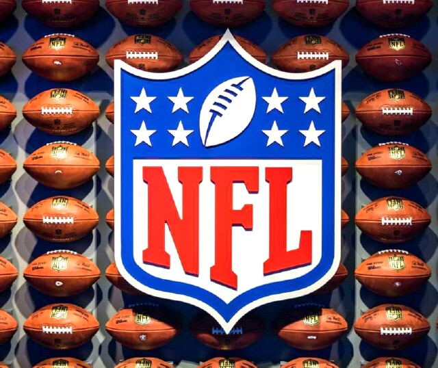 Cover image for  article: NFL Business Bullish at Super Bowl Despite Mounting Issues