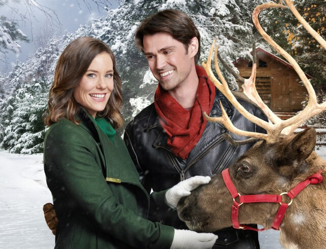 Cover image for  article: Corey Sevier on Returning to Hallmark, Working with Reindeer and Fatherhood