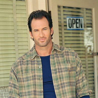 "Preview image for article: Scott Patterson Returns as Host of UPtv's Annual ""Gilmore Girls"" Mega-Marathon"