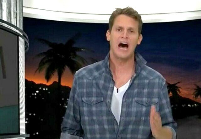 "The Top 25 Shows of 2015, No. 22: ""Tosh"" is Tops (Sorry, ""Soup"")"