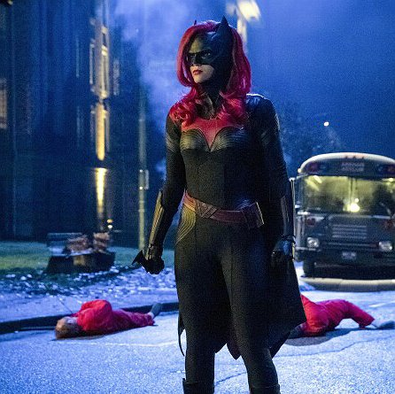 "Preview image for article: The CW's ""Batwoman"" Is Badass, and Getting Better with Each Episode"