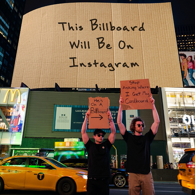 Preview image for article: @DudeWithSign Meets Dude With Billboard