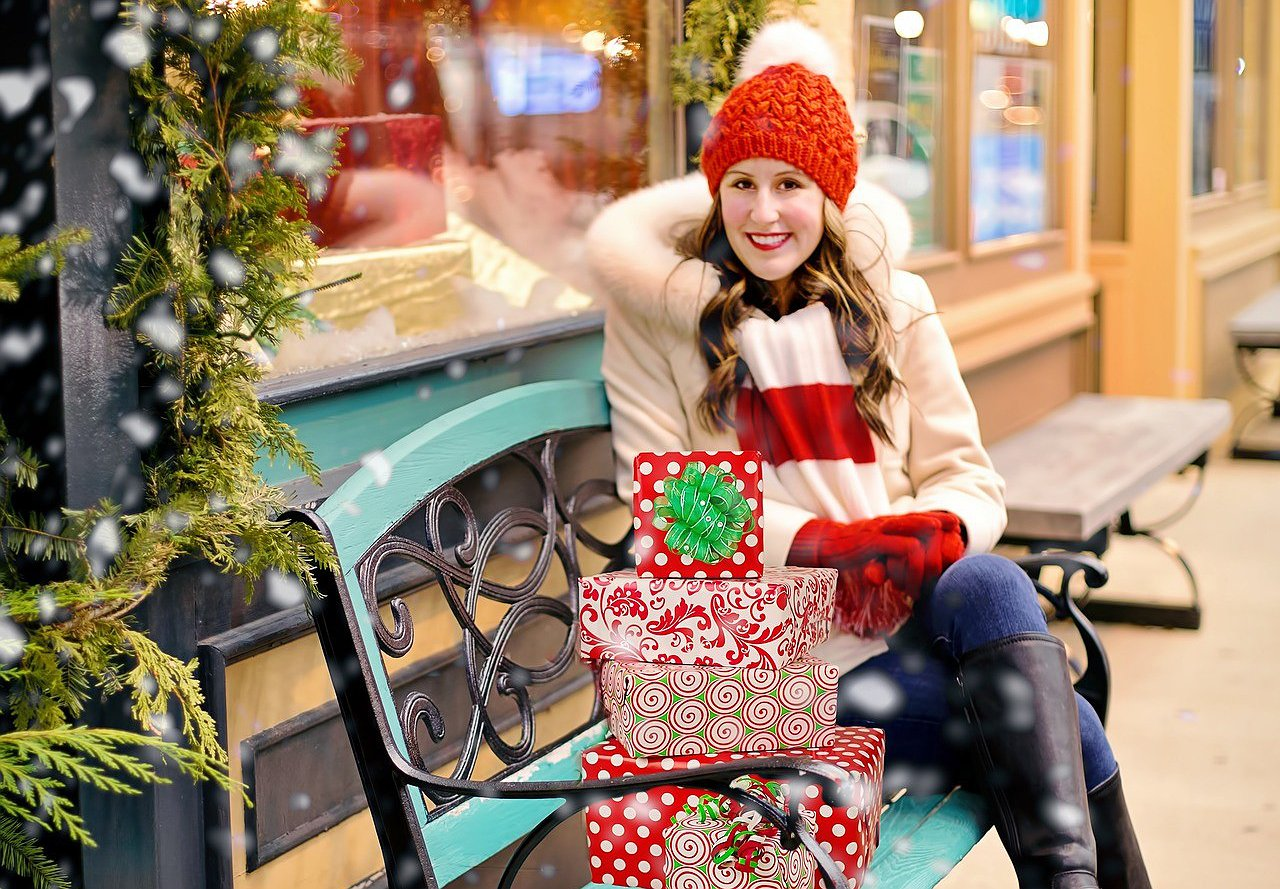 This Holiday, Gift Consumers What They Really Want: Seamless Multichannel Shopping, Trust and Privacy