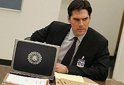 Thomas Gibson Profiles Aaron Hotchner on Criminal Minds