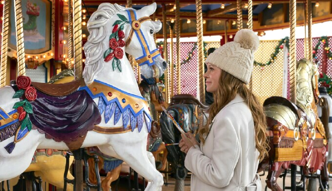 Christmas Carousel Recreation 2021 Neal Bledsoe Plays A Charming Prince In Hallmark S A Christmas Carousel Mediavillage